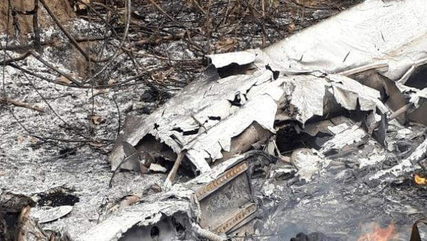 Após duas semanas, sobreviventes de acidente aéreo seguem em estado grave no Hugol