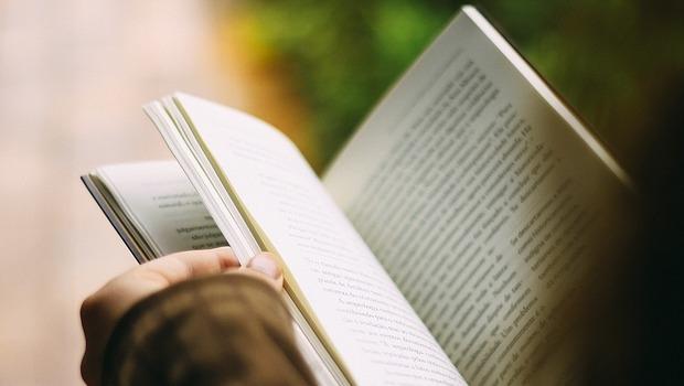 Editais selecionam projetos culturais para estimular a leitura