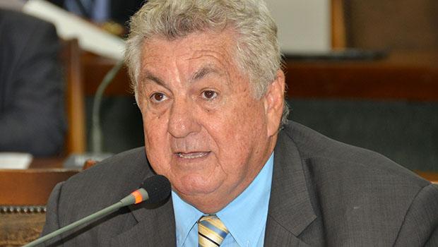 """""""Situação financeira dos municípios só vai melhorar com novo pacto federativo"""""""
