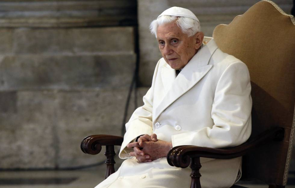 Revista brasileira revela que o papa emérito Bento 16 tem Parkinson
