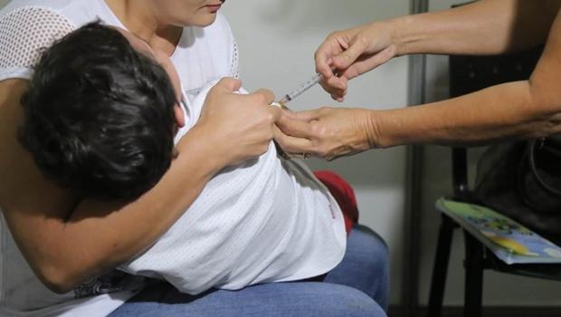 Campanha de vacinação contra polio e sarampo é prorrogada em Goiânia