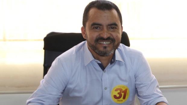 Wanderlei Barbosa critica incoerência de Carlos Amastha na área da saúde