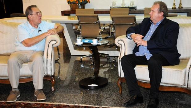 Mauro Carlesse recebe investidores e discute linha de crédito do governo alemão para o Tocantins