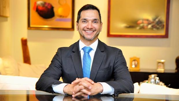 Pedro Paulo recebe advogados publicitas em evento nesta quinta-feira (4)
