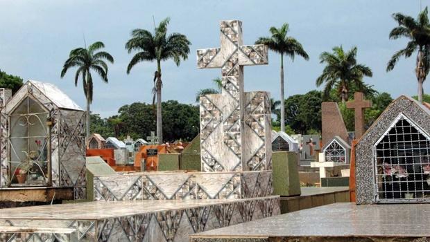 Cemitérios de Goiânia vão receber cerca de 600 mil pessoas no Dia de Finados