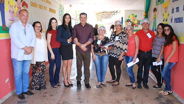 Águas Lindas de Goiás recebe premiação por boa gestão da merenda escolar