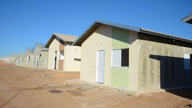 Governo Federal e Prefeitura de Palmas assinam contrato para construção de 500 casas