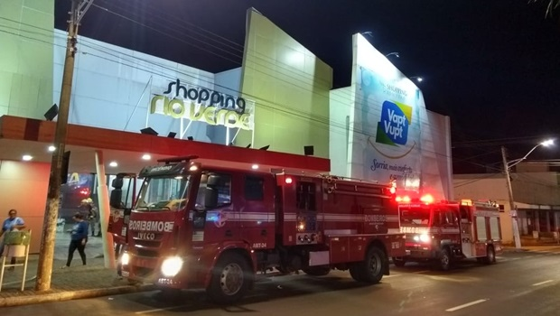 Incêndio atinge shopping de Rio Verde