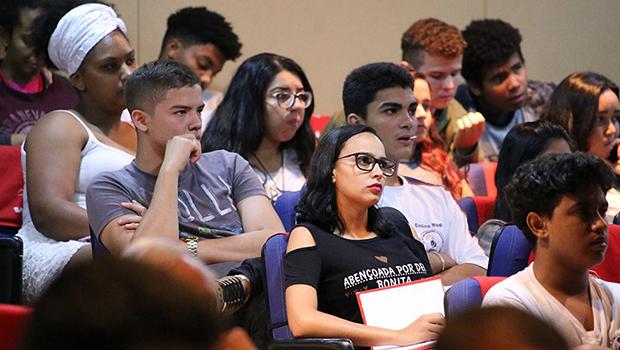 Matrícula para novos alunos da rede estadual começa na próxima semana