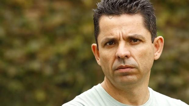 Miguel Sanches Neto ministra Oficina de Escrita Criativa em Goiânia