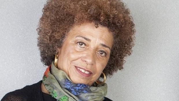 Ângela Davis participa de Encontro Nacional de Mulheres Negras em Goiânia