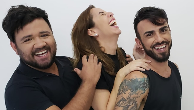 """Grupo """"Os Inoxidáveis"""" apresenta a peça """"Sob Nova Direção"""""""