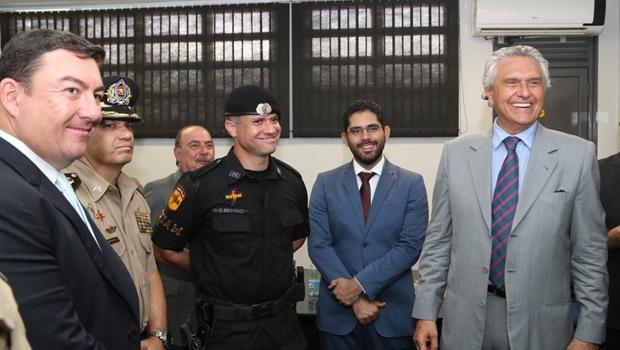 """""""A criminalidade não vai comandar Goiás"""", diz Tejota em passagem de comando da Rotam"""