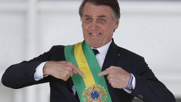 CCJ aprova título de cidadão goiano ao presidente Jair Bolsonaro jornal opção