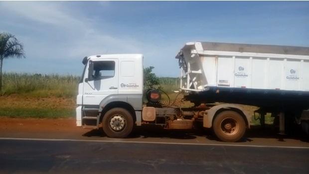 Motorista bêbado é flagrado dirigindo caminhão da prefeitura