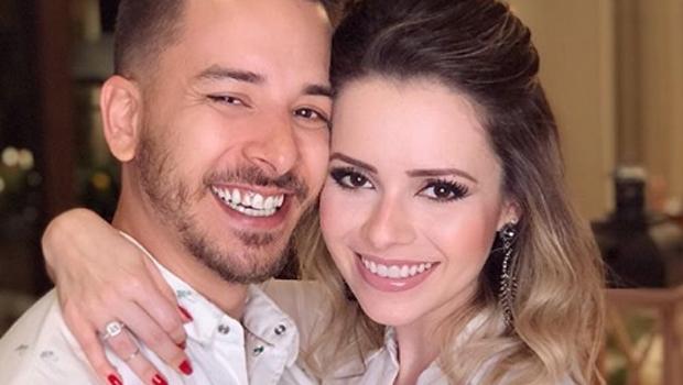 Dupla Sandy & Junior voltará aos palcos, diz jornal