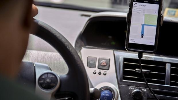 Projeto de lei visa regulamentar em definitivo regras para aplicativo de transporte na capital
