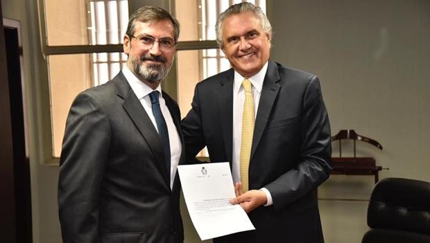 Caiado anuncia Aylton Flávio Vechi como o novo procurador-geral de Justiça do Estado de Goiás