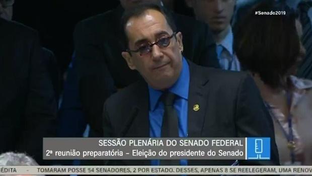 """""""Deixarei o Brasil decidir o meu voto"""", diz Kajuru em eleição à presidência do Senado"""