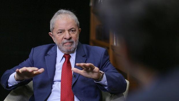 Maioria dos ministros do STJ vota pela redução da pena de Lula