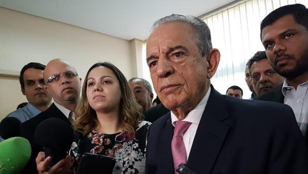 Criticado, Iris recua e retira projeto que concedia aumento de 400% a procuradores