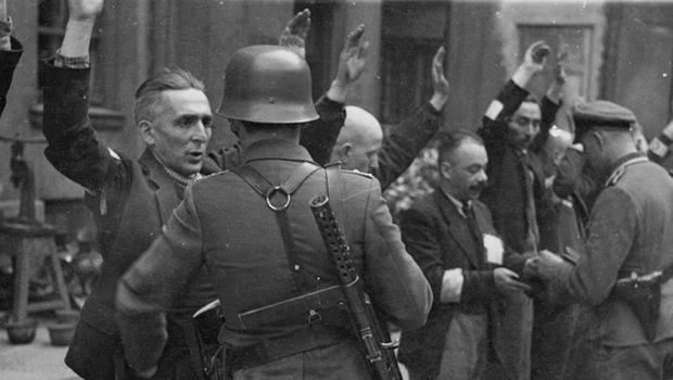 Os nazistas e a resistência: o gueto de Varsóvia