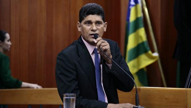 """""""Justiça trabalhando a favor do monopólio de combustíveis"""", diz vereador sobre suspensão do Olho na Bomba"""