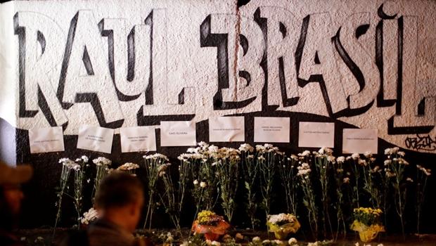 Homenagens às vítimas do tiroteio na escola Raul Brasil, em Suzano, São Paulo / Foto: Reprodução