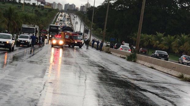 Mulher morre em grave acidente na GO-020