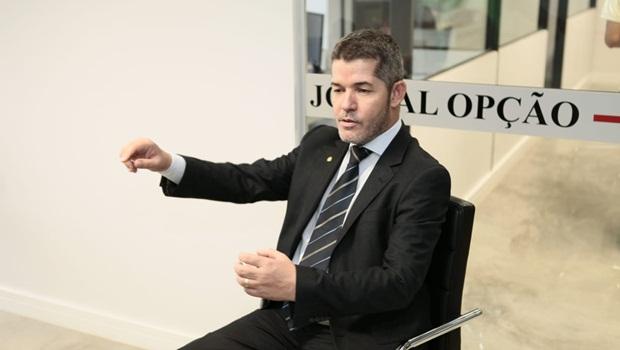 Waldir diz que suspenderá Eduardo Bolsonaro do PSL
