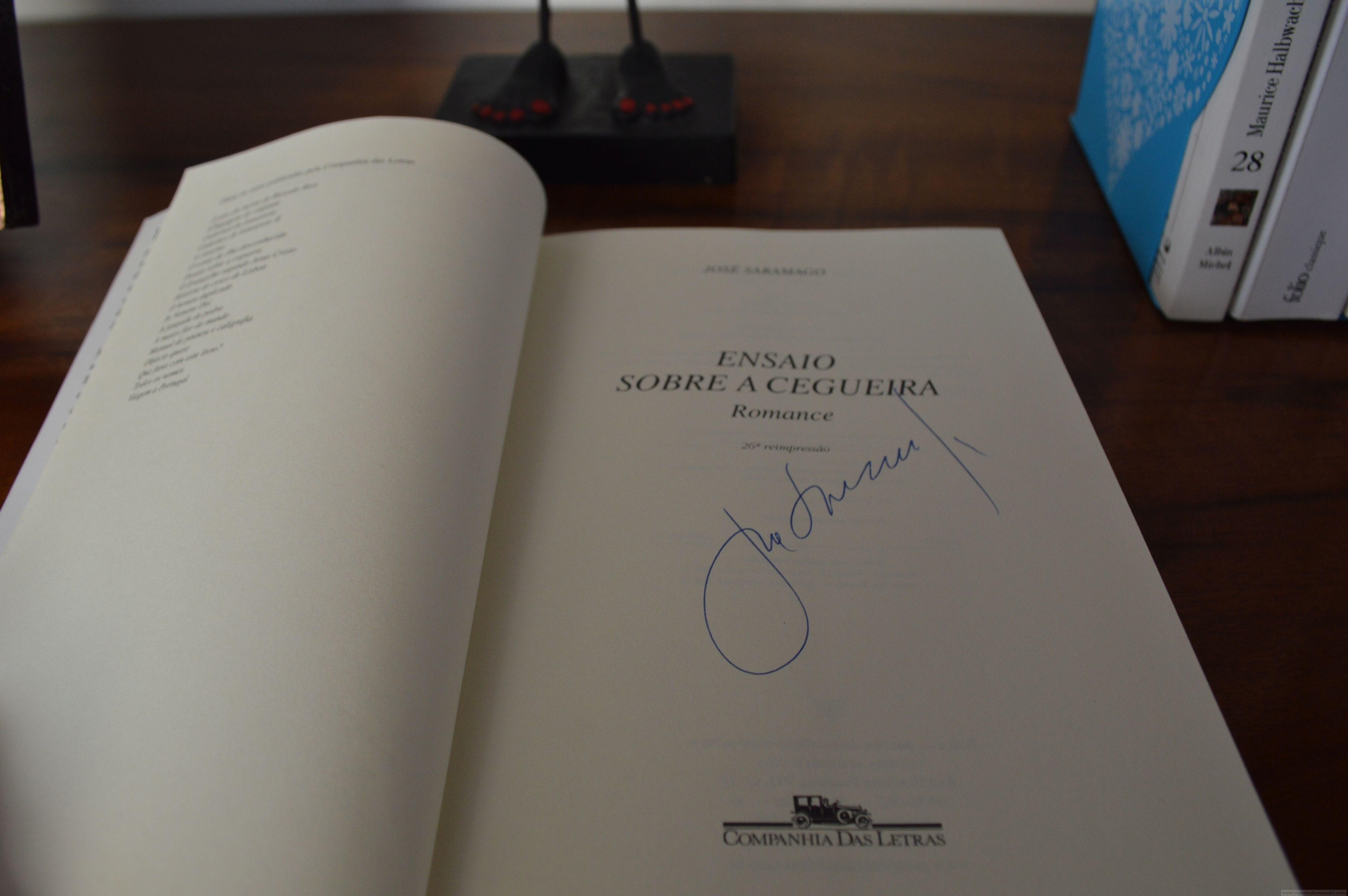 Exposição de autógrafos de escritores goianos