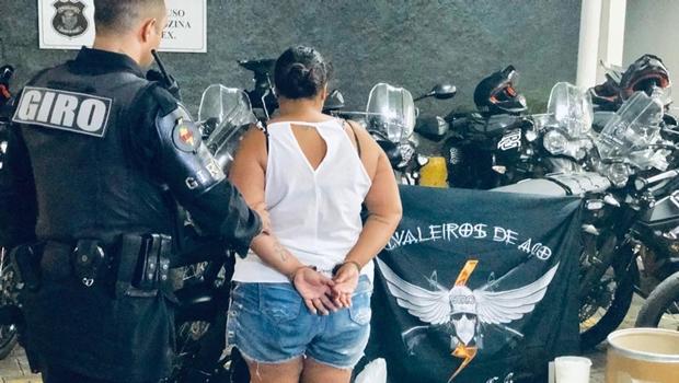 Polícia desarticula quadrilha de tráfico de drogas comandada por familiares de detentos, em Goiânia