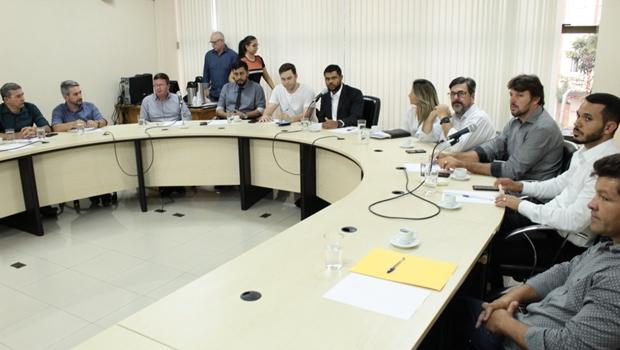 Presidentes de Câmaras Municipais se reúnem para discutir transporte coletivo