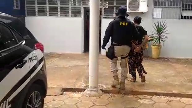 Adolescente é apreendida na BR 060, em Goiânia, transportando 10kg de pasta base de cocaína