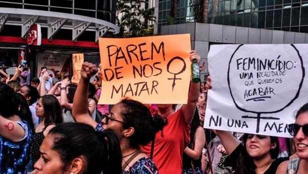 """""""Parem de nos matar"""", dia internacional das mulheres é marcado por manifestações virtuais"""