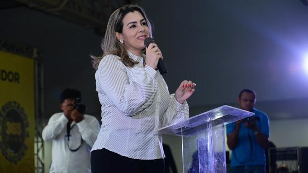 Cinthia Ribeiro anuncia cronograma de progressões de servidores