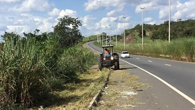 Goinfra faz manutenção na GO 403, entre Goiânia e Senador Canedo