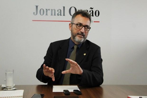 Humberto Aidar cobra cargos de Caiado. Fotos: Fábio Costa / Jornal Opção