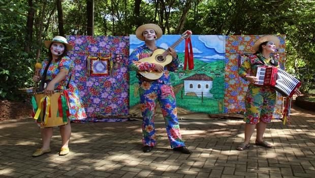Espetáculo Arruda com Alecrim, da Oops! | Foto: Gilson P. Borges