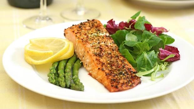 Alimentação irregular pode aumentar chances de morte por ataque cardíaco