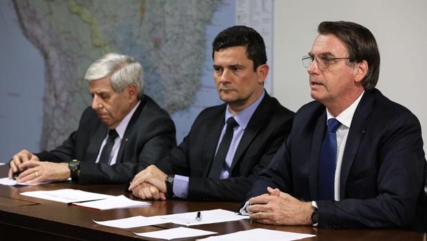 """Bolsonaro diz que Moro é """"patrimônio nacional"""""""