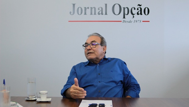 """""""Tenho entusiasmo, mas vou com cautela"""", diz Jânio Darrot sobre desonerar tarifa de ônibus"""
