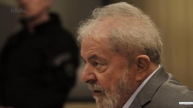 Lula é solto e deixa superintendência da Polícia Federal de Curitiba
