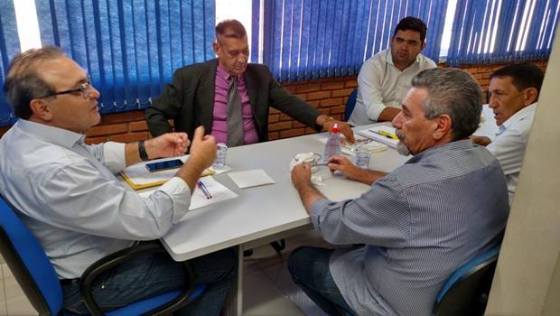 Jânio Darrot discute com vereadores de Anápolis os caminhos do PSDB