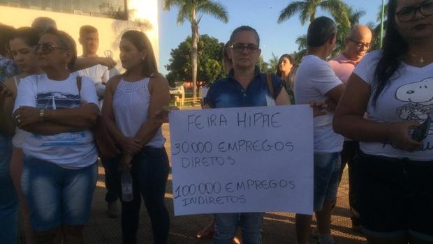 Feirantes pedem que revitalização da Praça do Trabalhador fique para janeiro