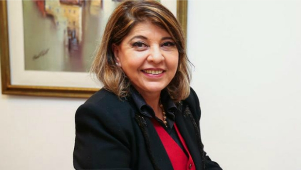 Considerada embaixadora do Crer, Roberta Miranda cobra providências do Governo do Estado