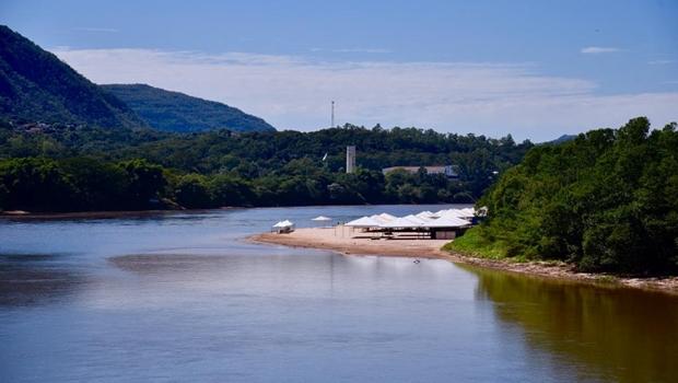 Em nova visita a Goiás, Bolsonaro lança projeto de recuperação do Rio Araguaia