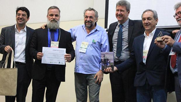 Anápolis recebe Prêmio de Destaque em Gestão Ambiental Municipal da Anamma
