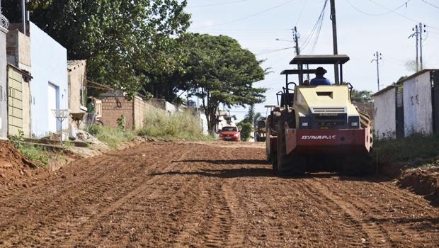Prefeitura de Aparecida lança pavimentação asfáltica do setor Pontal Sul