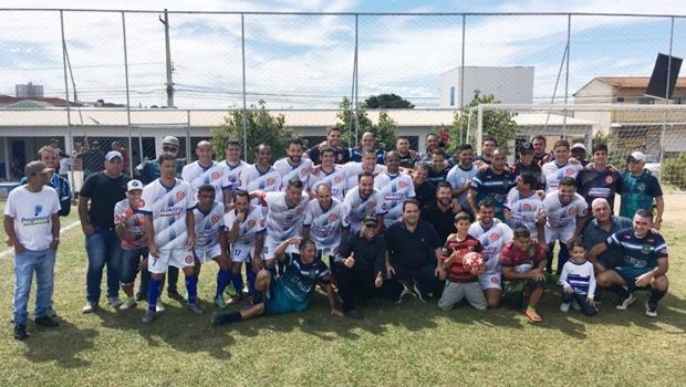 Em Anápolis, Roberto Naves entrega novas instalações de praça esportiva
